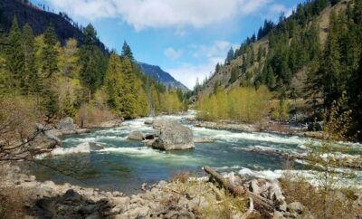 Hiking, Wenatchee River, Tumwater Canyon
