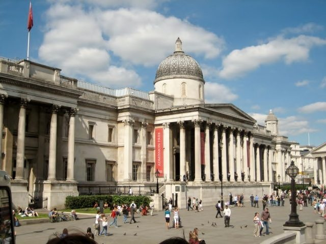 London self-guided tour