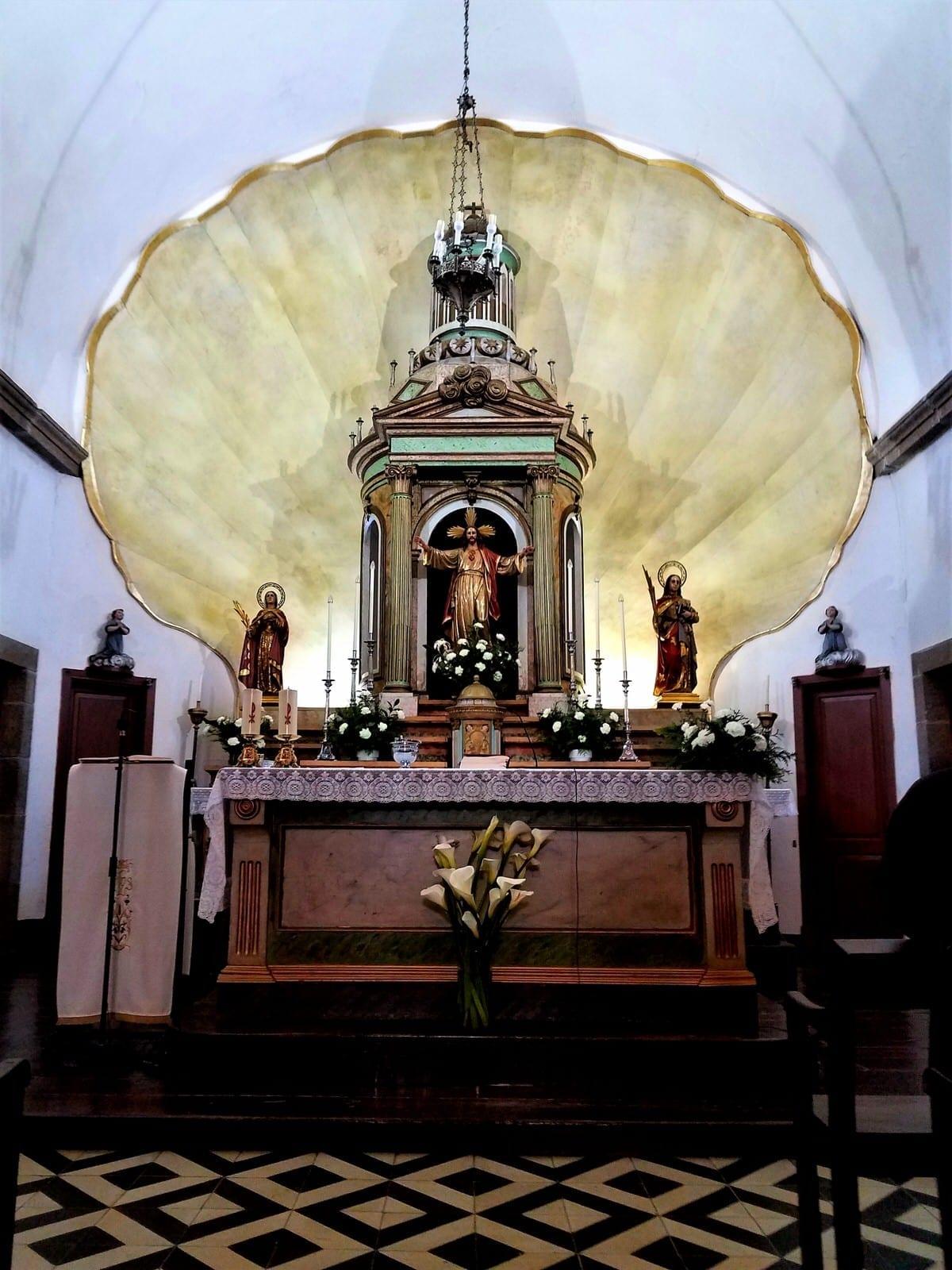 camino de santiago: expect rain walking galicia in april