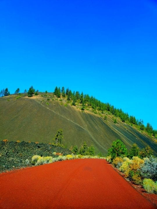deschutes national forest. newberry national volcanic monument