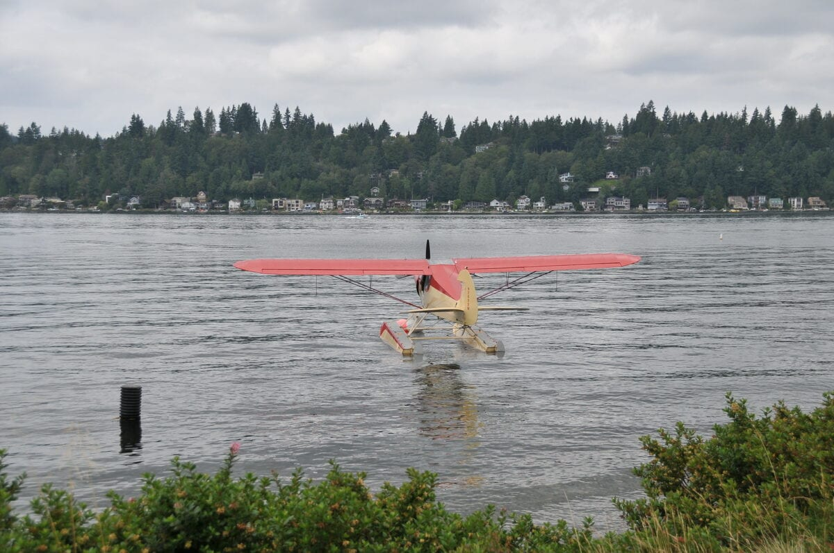 Perfect Day Trip: Clamming in Hood Canal, WA by Helicopter